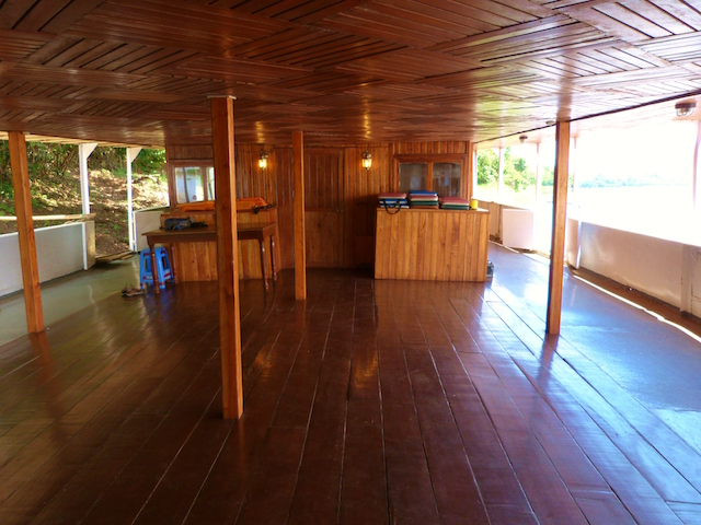 Rio Amazonas: Open Air Lounge