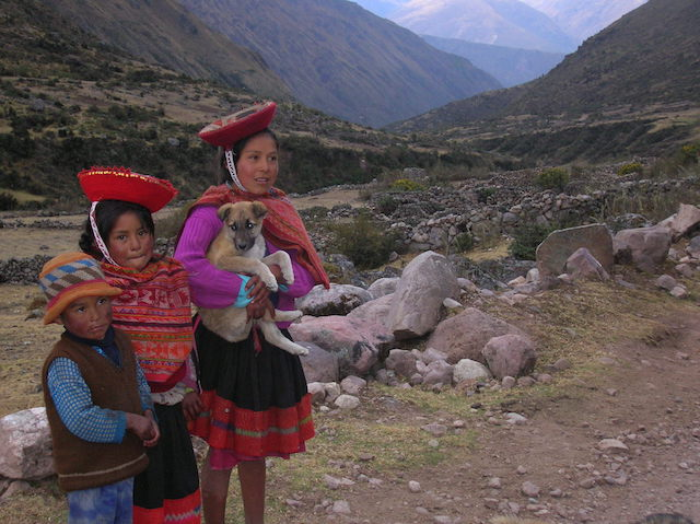 Lares Trek to Machu Picchu - Quechua-speaking kids