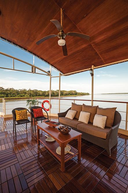 Amazon Star: Sun Deck Seating