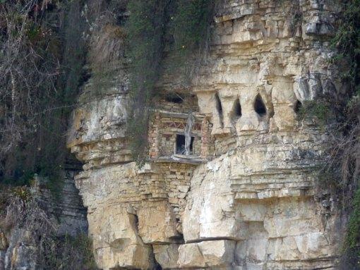 Chachapoya tombs at Diablo Wasi.