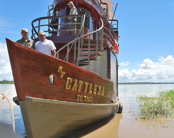 Cattleya Amazon Cruise - Crew on the Prow