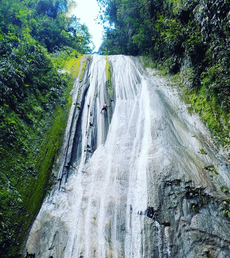 Tarapoto Adventure Excursions - Rio Abiseo National Park - Maquisapa Waterfall Abseil.jpg