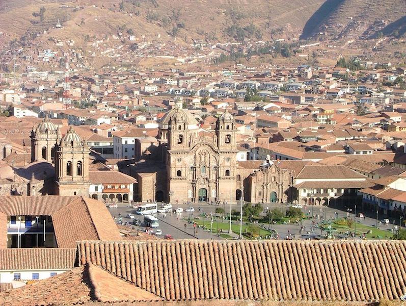 Low Altitude Machu Picchu - Cusco Plaza de Armas