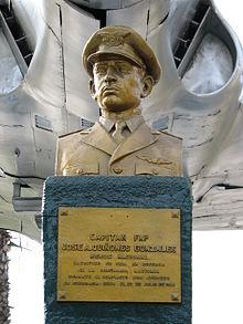 Jose Quiñones - Chiclayo Airport - Bust in Rimac