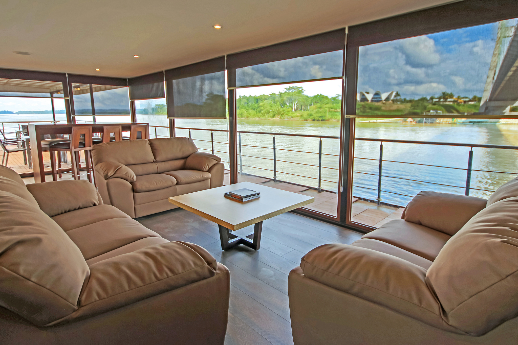 Anakonda - Indoor Lounge