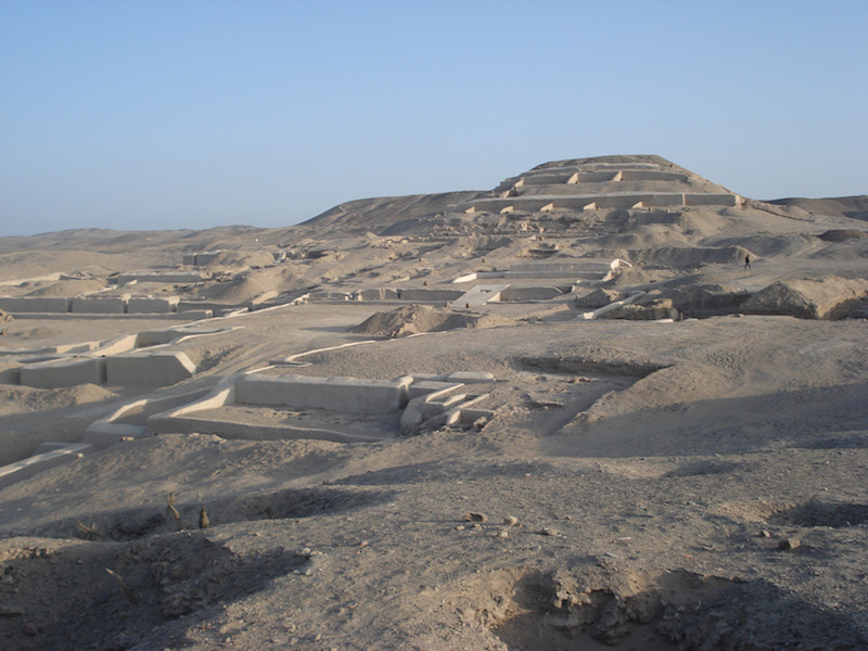 Paracas & Nazca Lines 3D - Cahuachi Temple.jpg