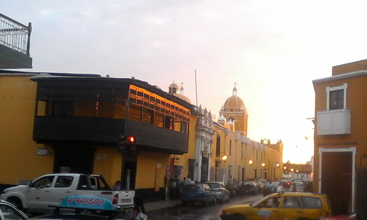 Chiclayo - Trujillo 3D - Trujillo at Sunset.jpg