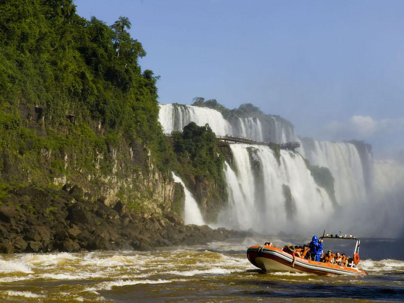 Iguassu Falls & Rio de Janeiro 5D - Speedboat.jpg