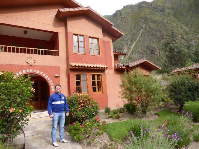 Spry x 2 - Cusco & MaPi - Pakaritampu Hotel.jpg