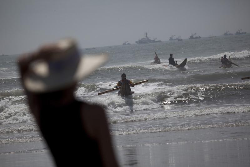 Totora reed rafts at Pimentel.