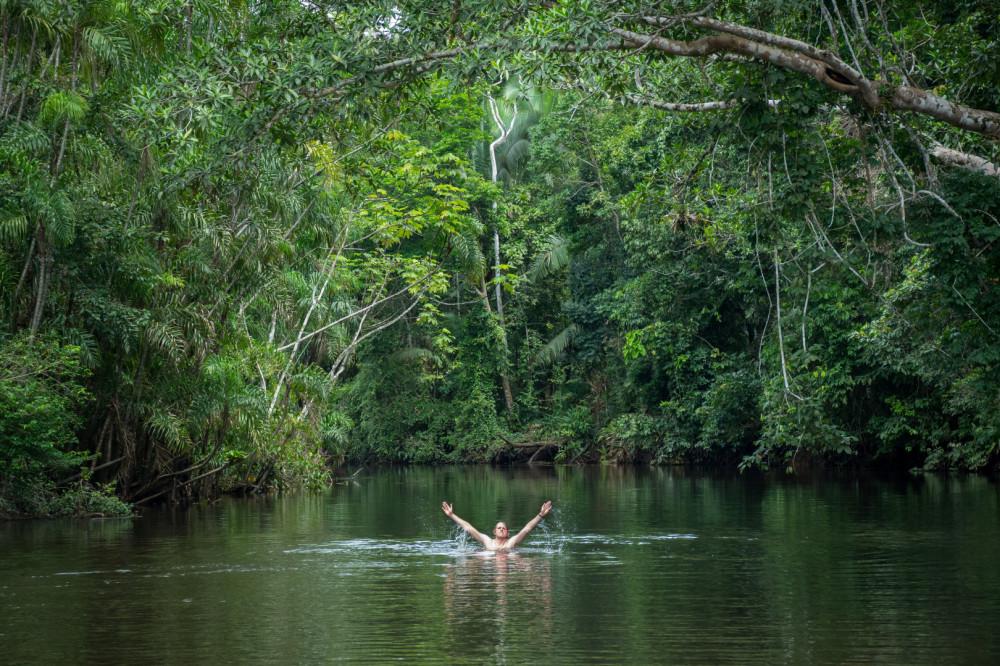 Bathtime in Pacaya-Samiria.