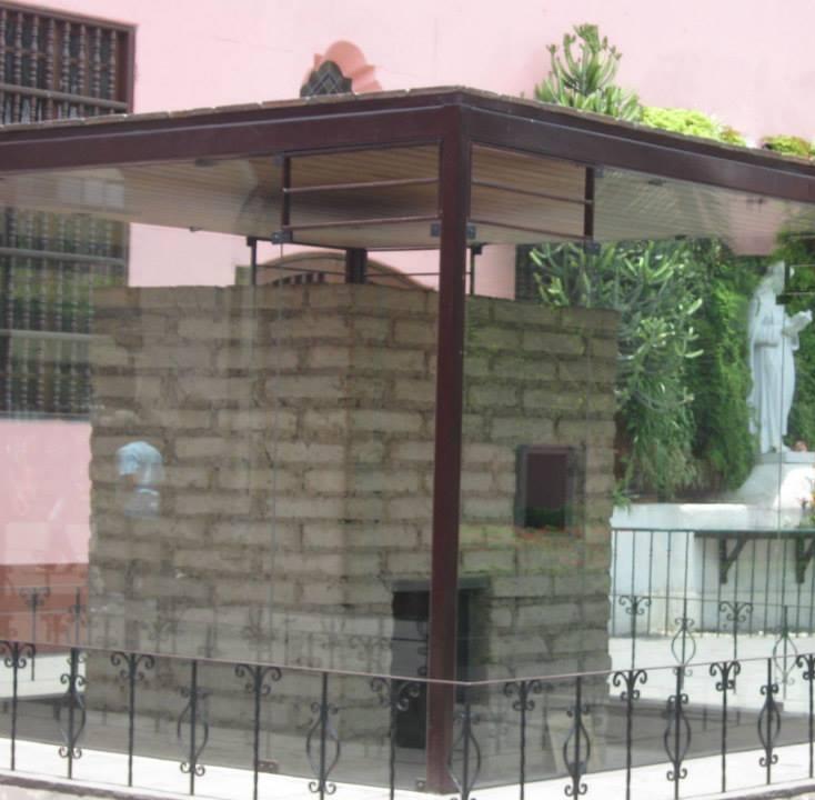 The hut where Santa Rosa lived.