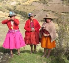 Olleros-Chavin+Trek+-+Quechua+Ladies.jpg