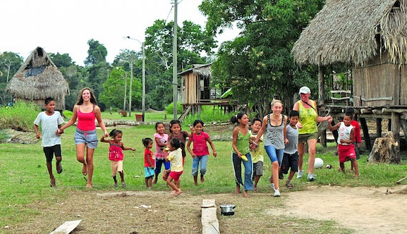 Off-The-Grid+in+Northern+Peru+-+Running+Race+in+Amazon+Village.jpg