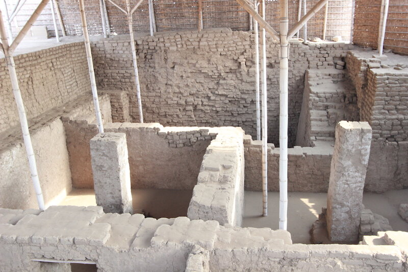 Excavations at Huaca de la Luna.