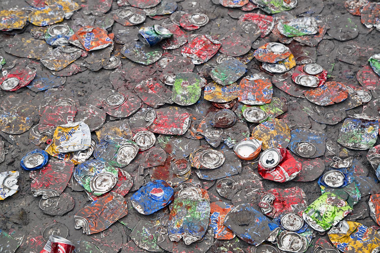Soda cans, Porgera, 2015