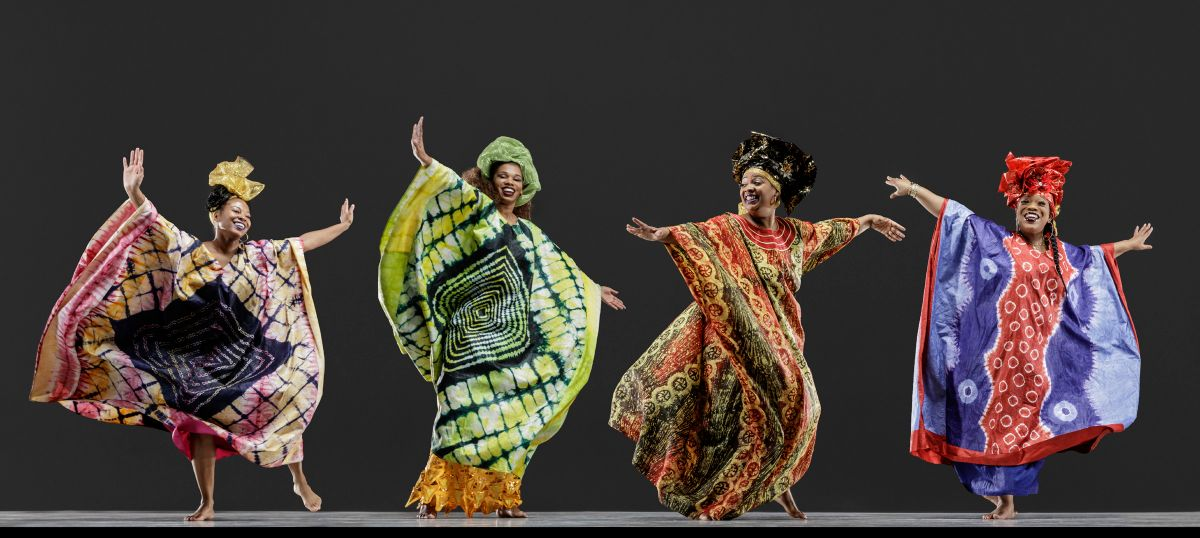 Diamano Coura West African Dance Company, photo by RJ Muna