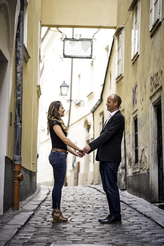 Robert and Barbora Couple shoot 01_06_201700014.jpg
