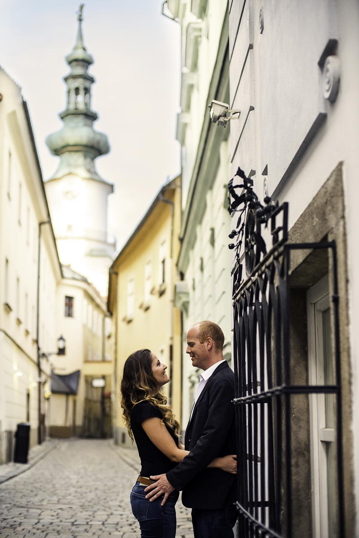 Robert and Barbora Couple shoot 01_06_201700016.jpg