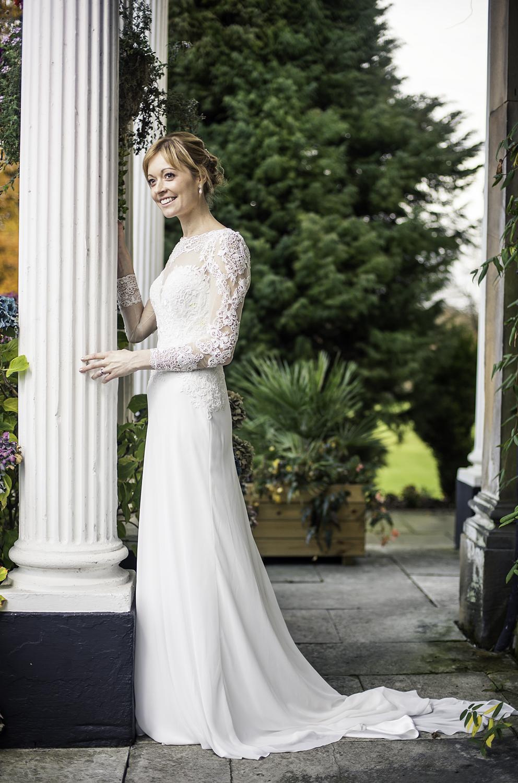 Nottingham wedding photographer at Ring Wood hall