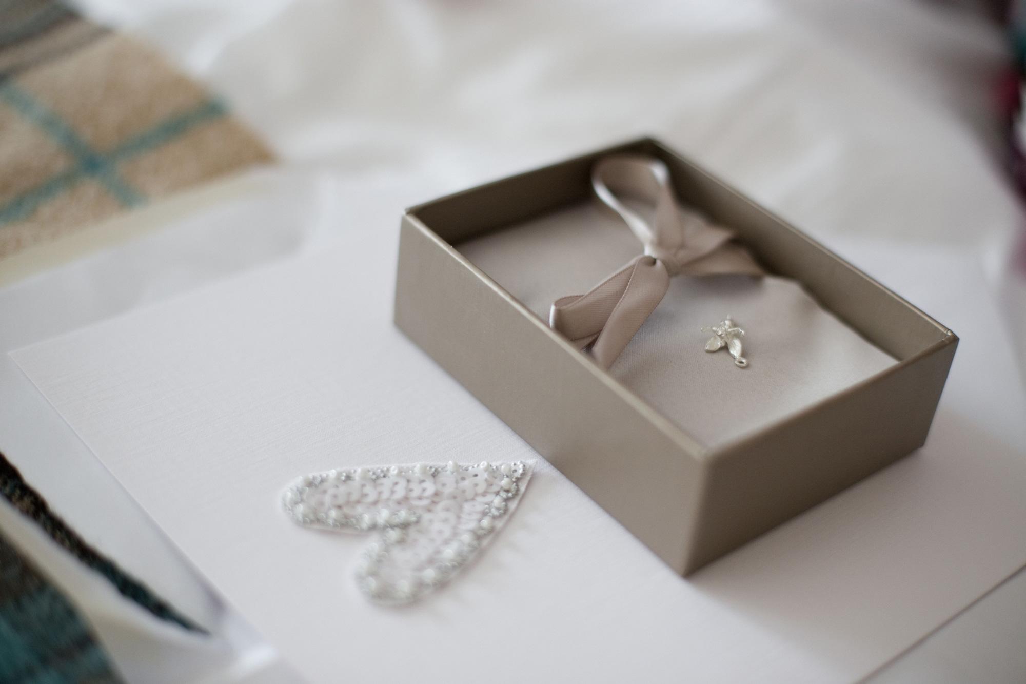 Bridal wedding gift