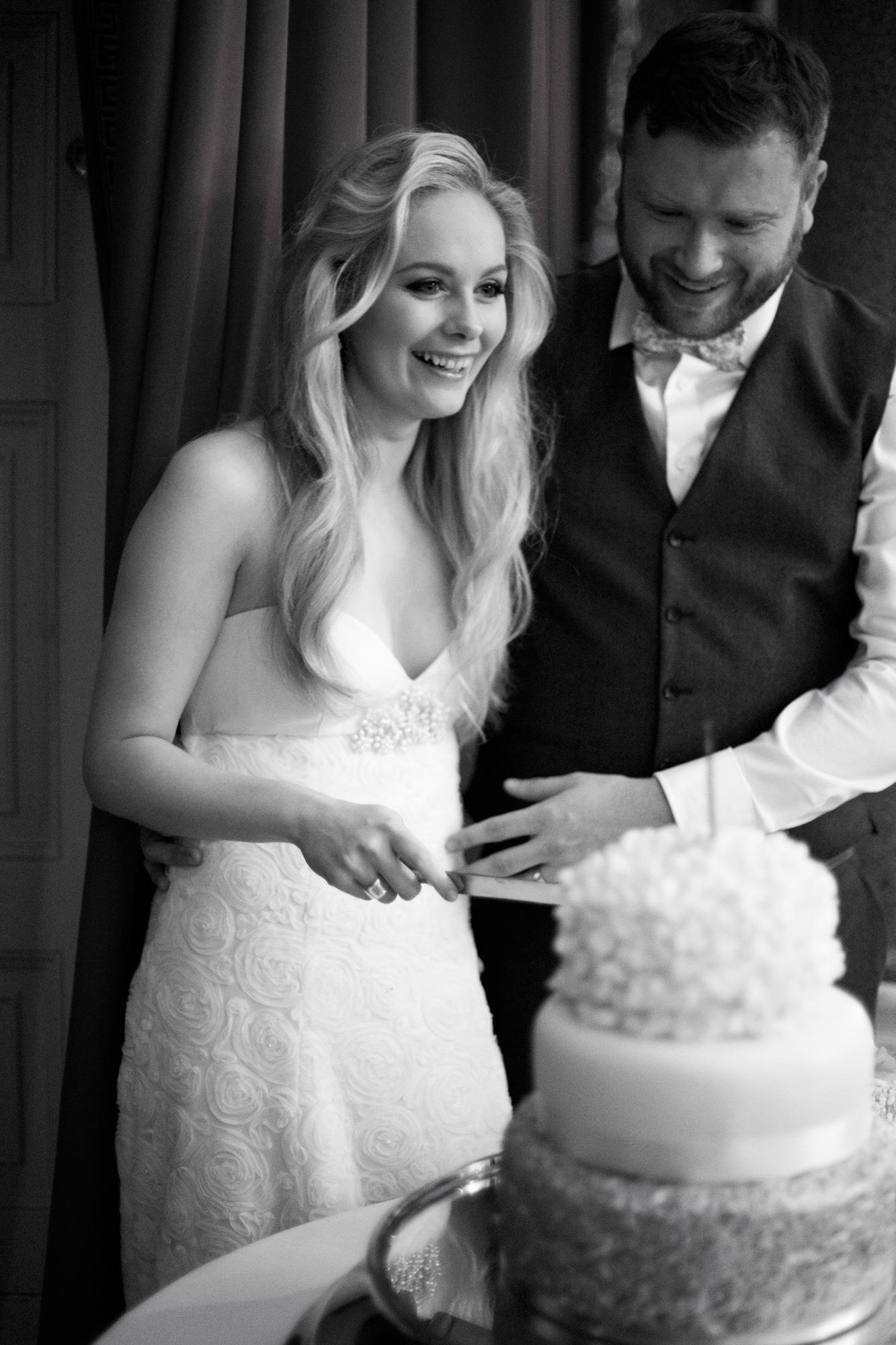 cake cutting goodwood wedding
