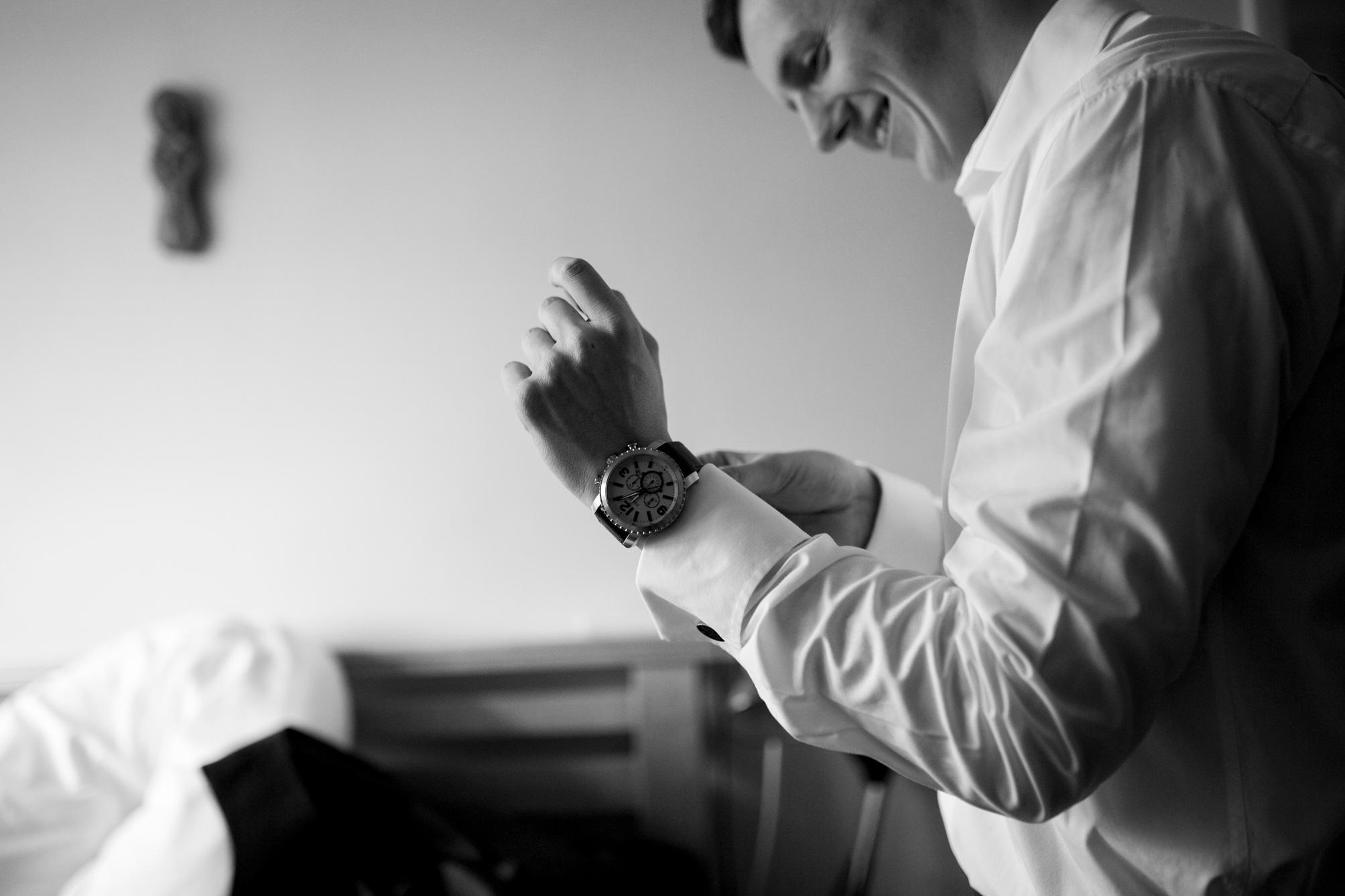 suit, groomsmen, bedfordshire wedding,
