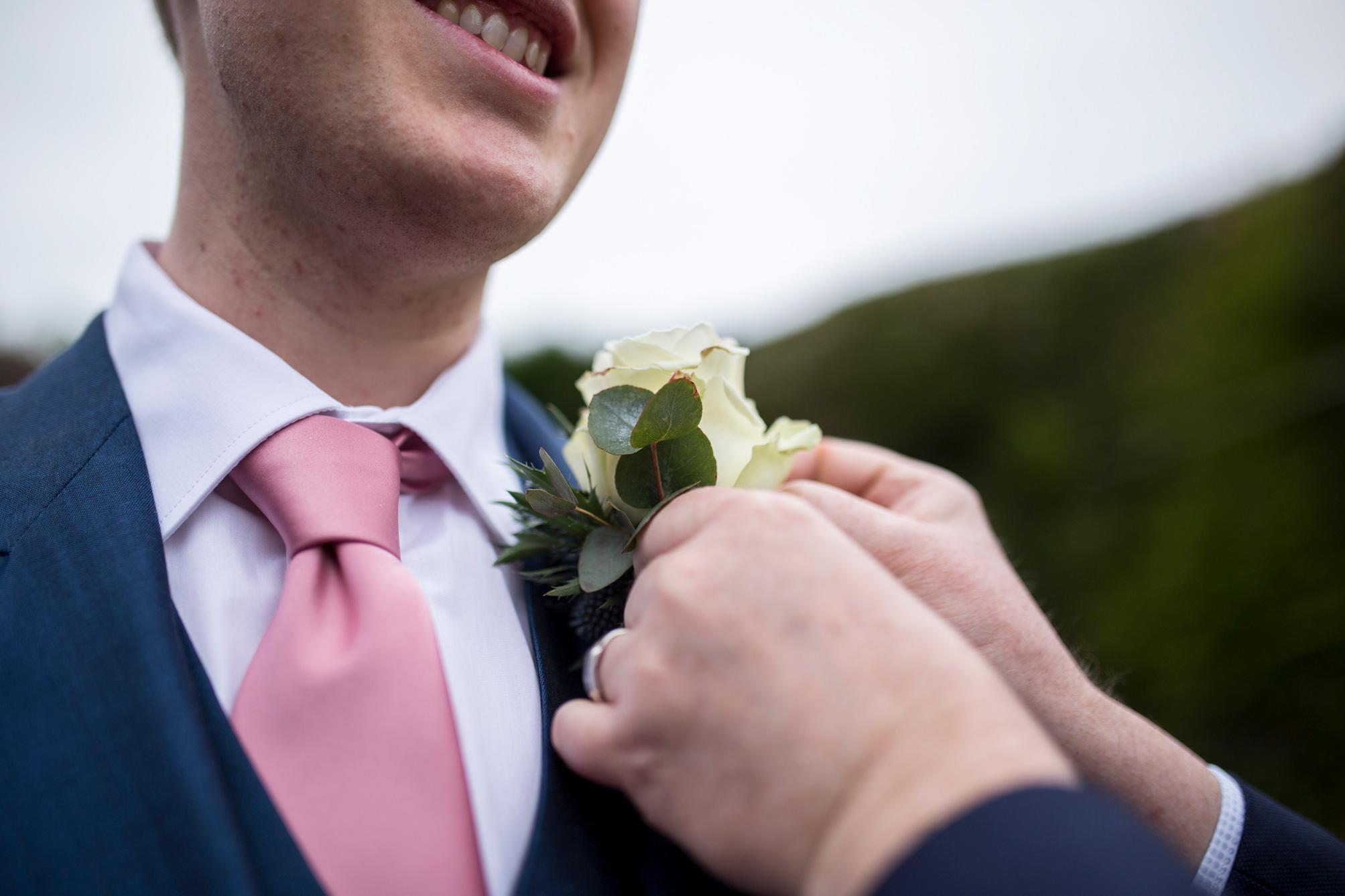 flowers, tie, buckinghamshire wedding,