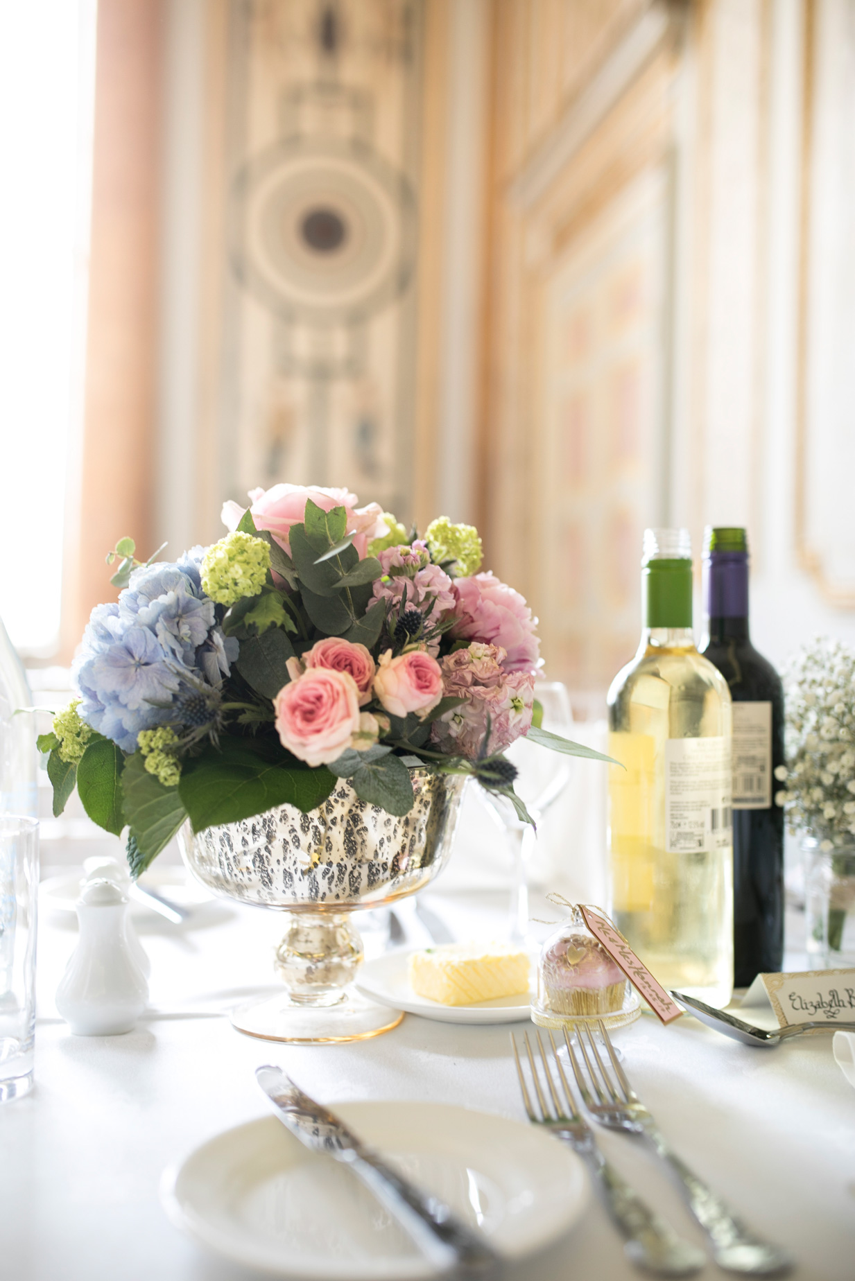 Table scape, pastel wedding, blush colours,
