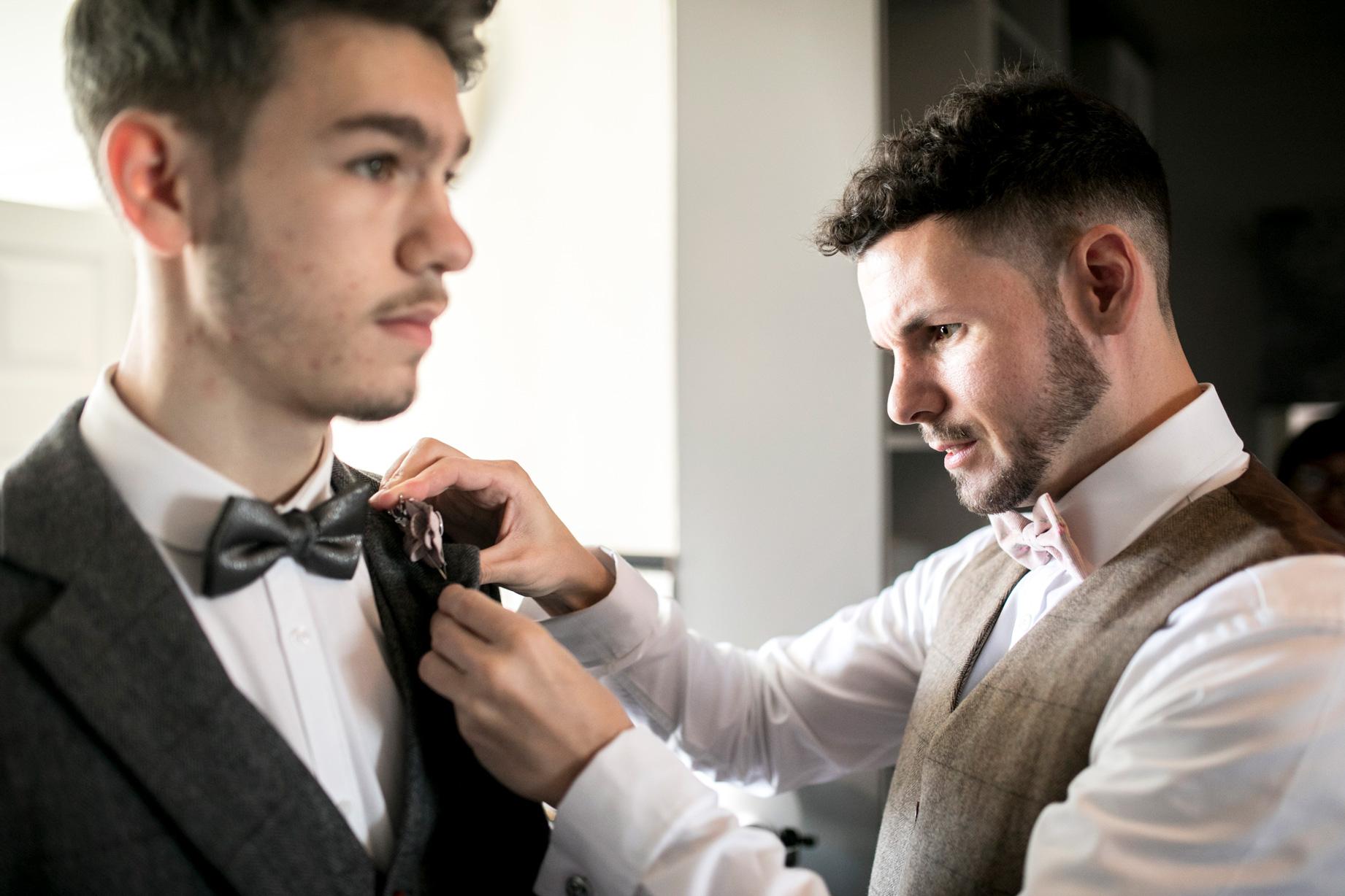best man, groom, groomsmen, bow tie, luxe wedding, buckinghamshire wedding, bedfordshire wedding,