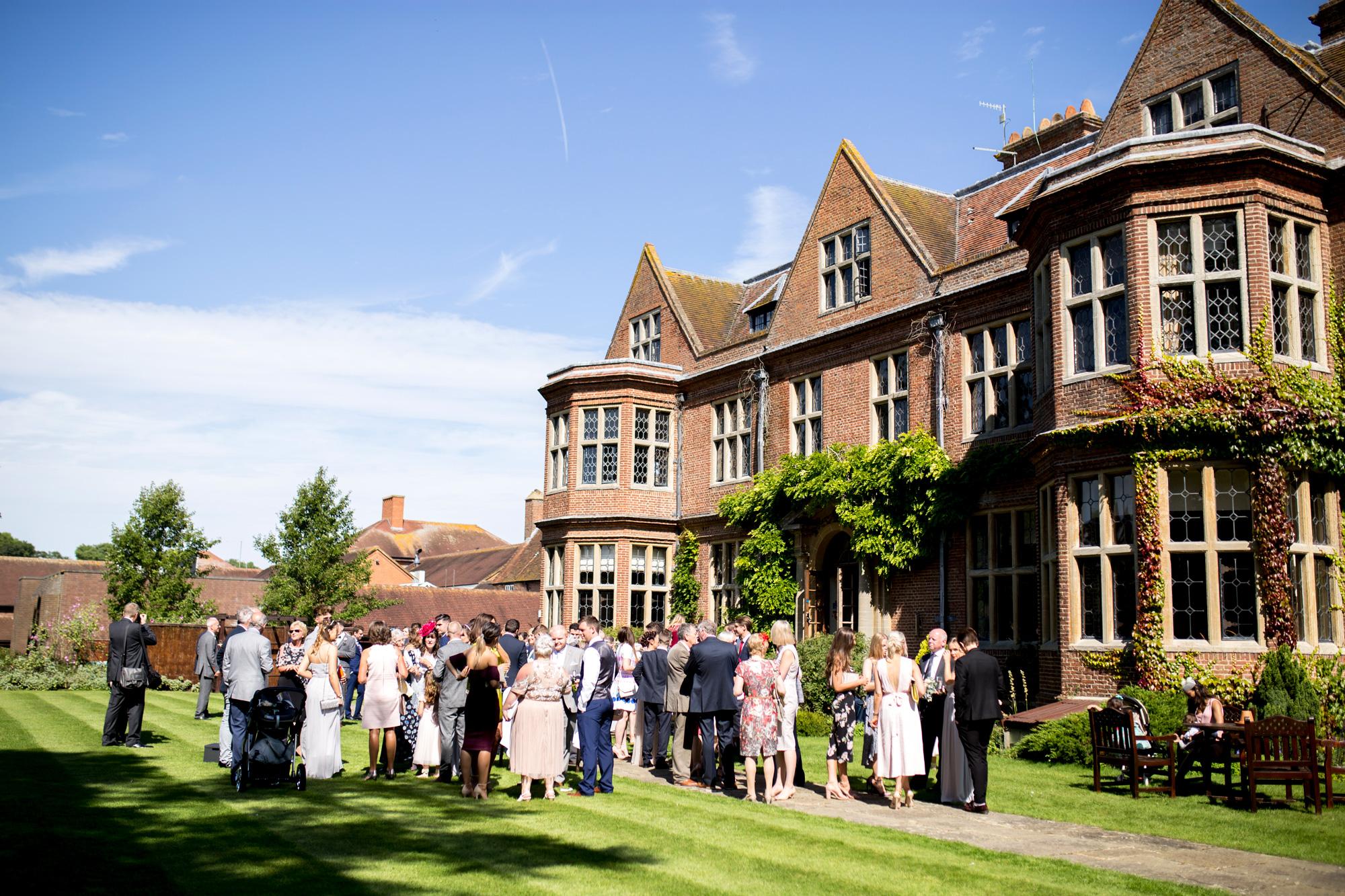 horwood house, wedding party, summer wedding,