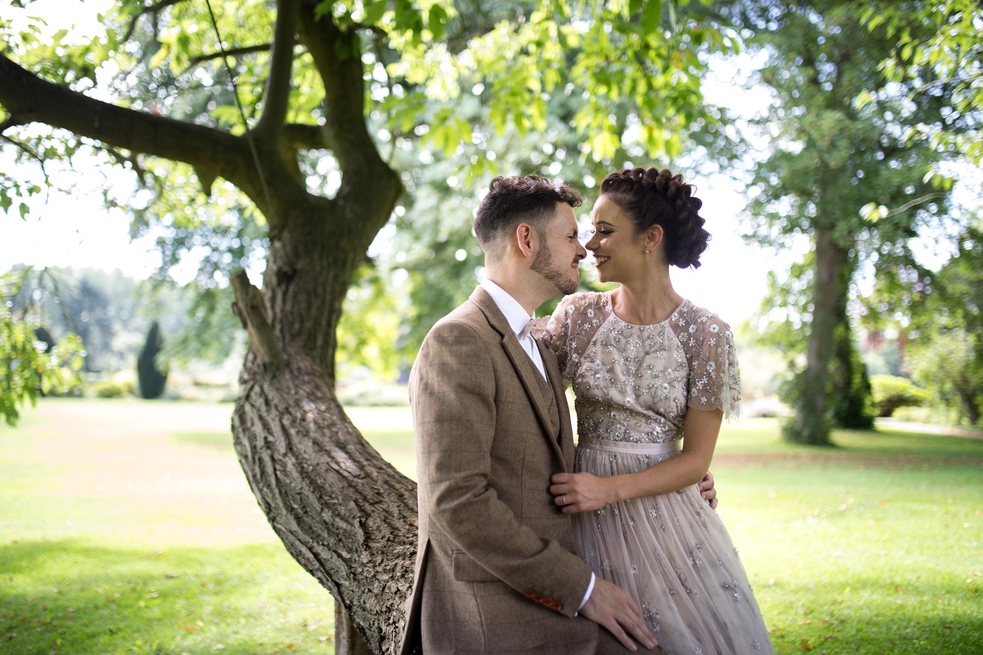 luxe wedding, couple, buckingamshire wedding, bride, groom,