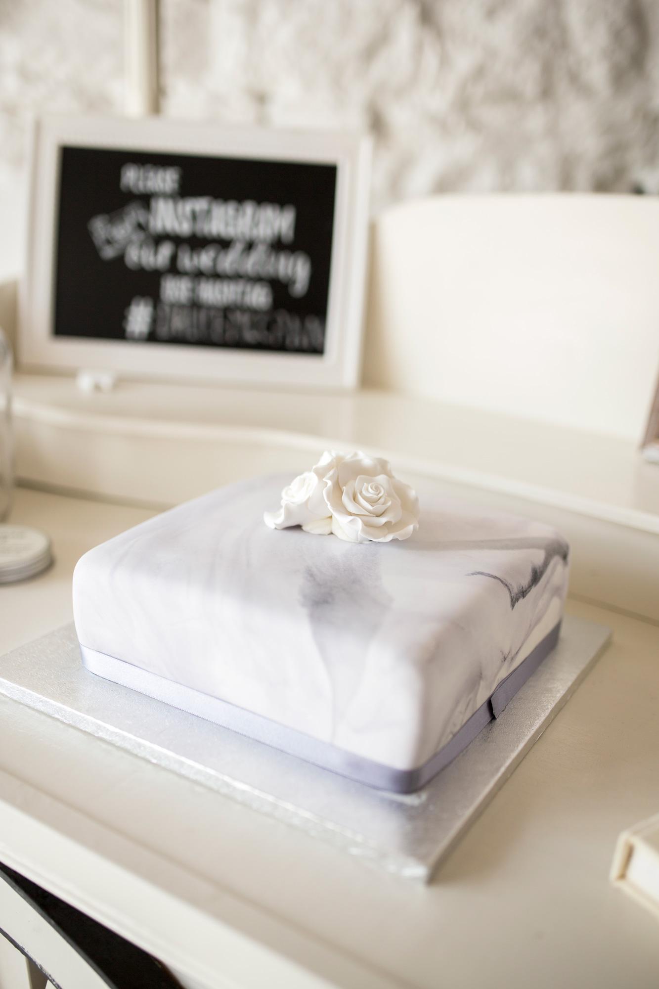 Marble Cake, Pastel Cake, Lavender Cake, Buckinghamshire Wedding,