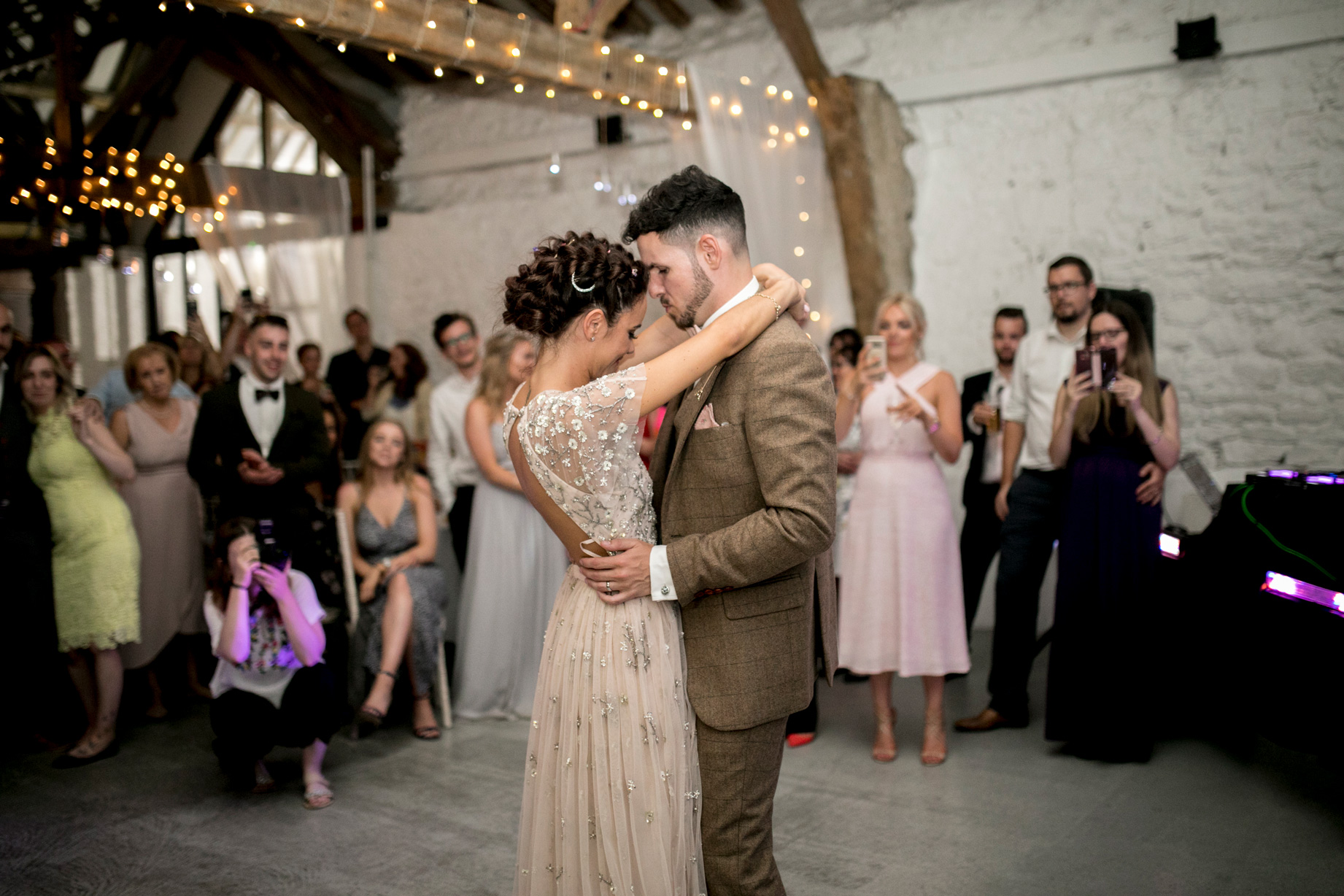 Couple, First Dance, Barn Wedding, Bedfordshire Wedding, Fairy Lights,