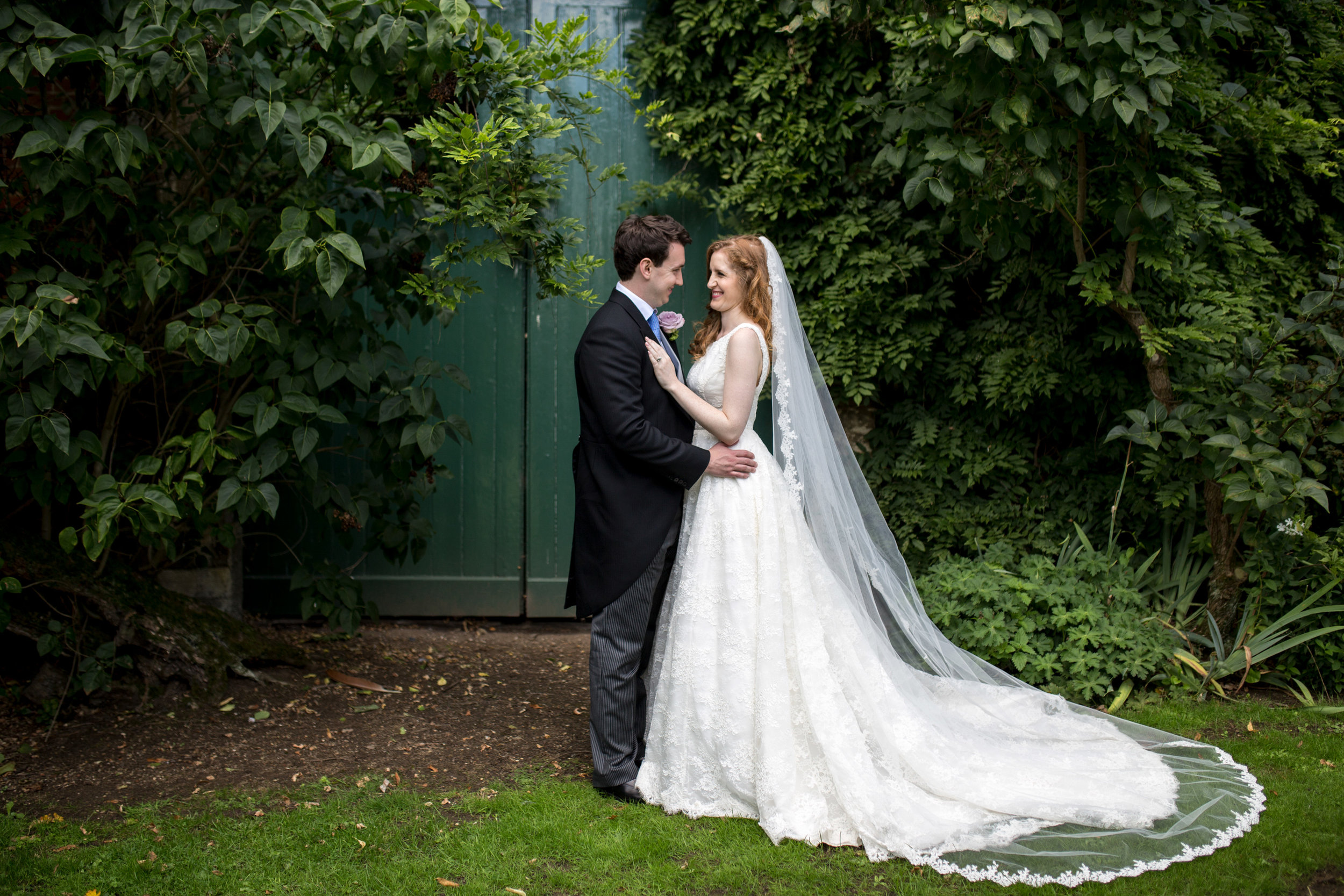 Greenery, Bridal Veil, Bride & Groom, Chicheley Hall,