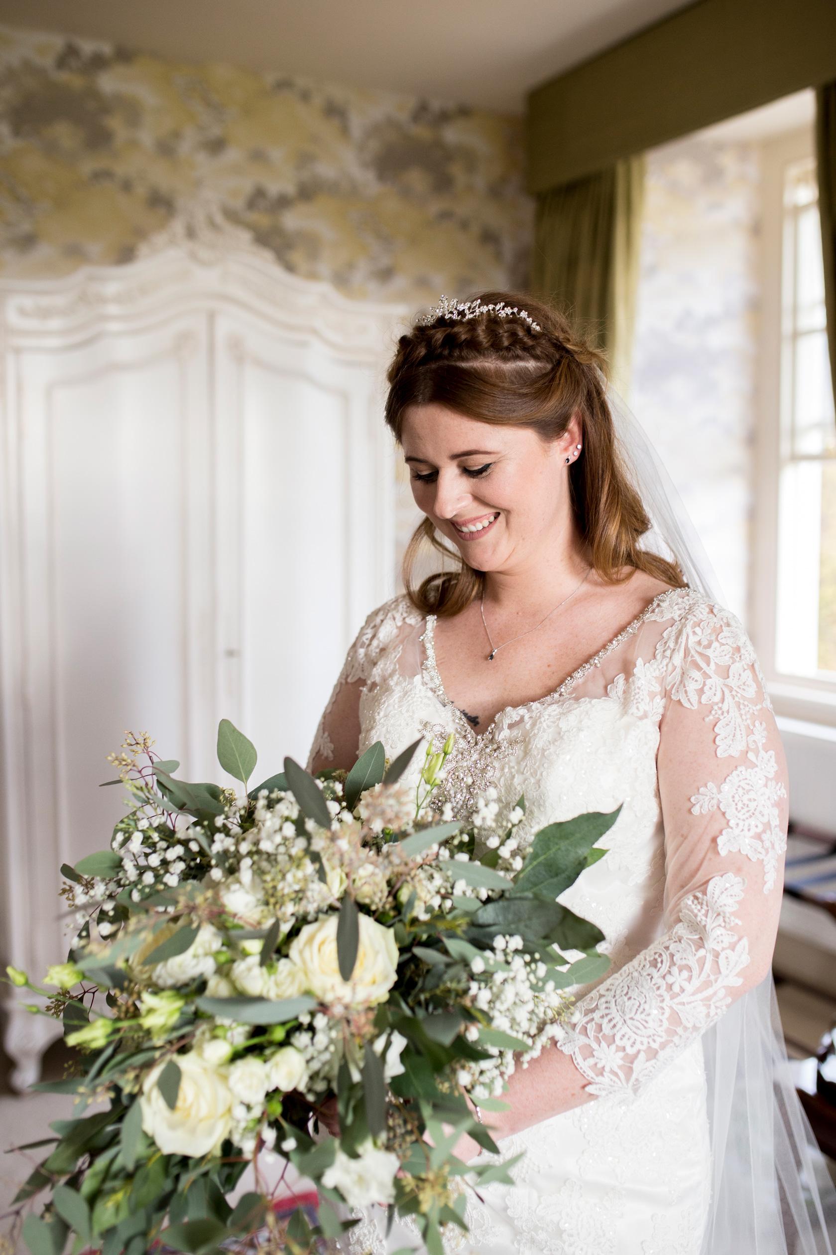 Bride, Bridal Preparations, Hinwick House, Bridal Portrait,