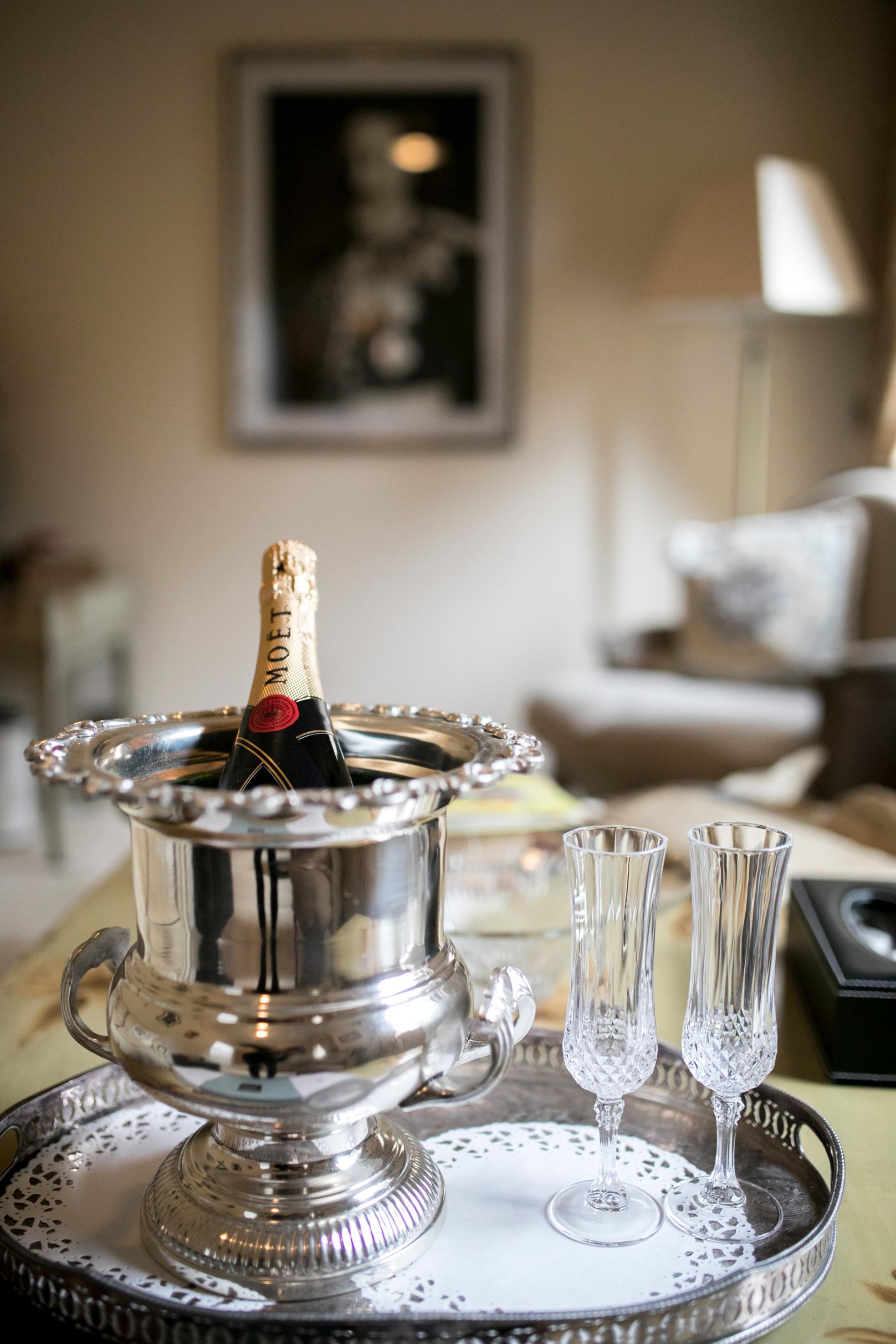 Wedding Champagne, Moet, Vintage Champagne Glasses, Bedfordshire Wedding,