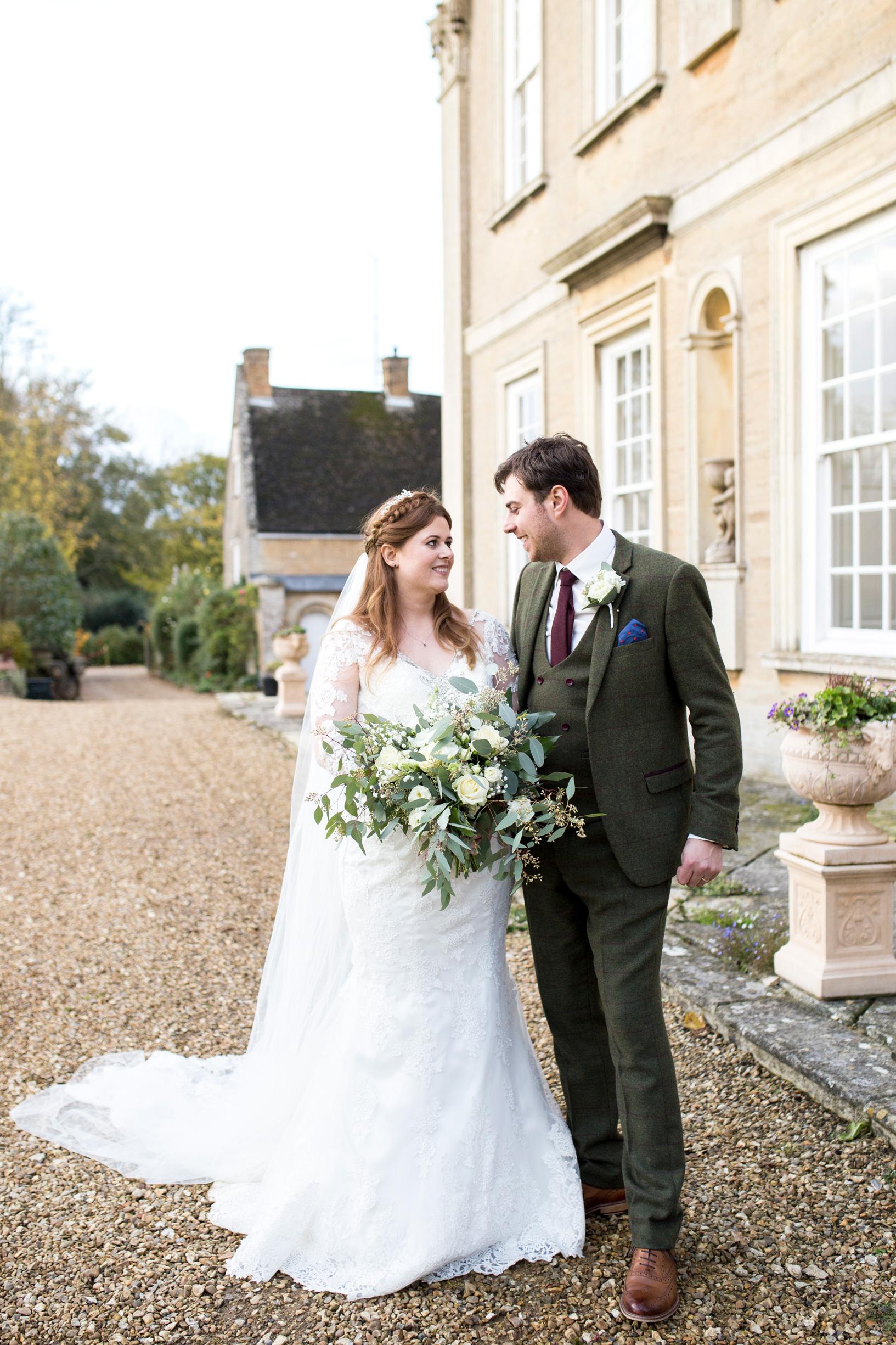 Wedding Couple, Hinwick House, Bedfordshire Wedding,
