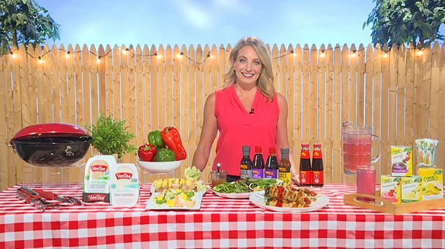 Are you ready for summertime? Julie Hartigan @cookingwjulie dropped by today to share her favorite tips for throwing an easy, fun and, most importantly, healthy BBQ this year! . . . . . . #murrayhillstudios #satellitemediatour #nycproduction #madeinnyc #summerentertaining #summerfun #setlife #bbq #summertime #healthybbq #cooking