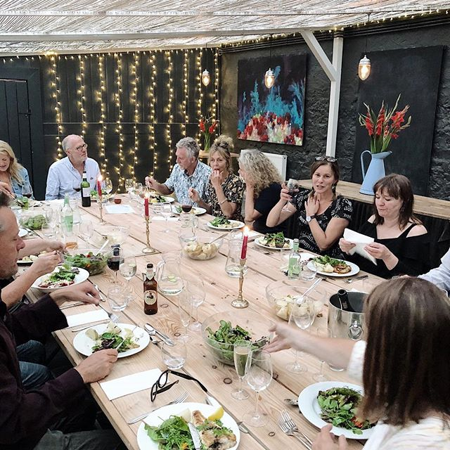 Remembering a lovely supper we had in the summer @llysmeddyg.  #kindlecuriosity #hyggehome #wearerhemakers #newportpembs #acottage #daysofsmallthings #slowdownwithstills #westwales #pembrokeshirenationalpark #slowliving #smallmomentsofcalm #coastalstyle #foundforaged #interiordesign #myhousebeautiful #ihavethisthingwithtextiles #simpleystyleyourspace #designsponge #homewithrue #slowliving #sodomino #coastalstyle #mountainview #awakethelight # #kindlecuriosity #hyggehome #wearerhemakers #friends #memories #summer