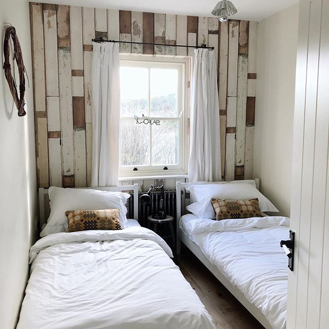 Lovely cool and calm feel to Theo's creamy white downstairs now. Can't wait to stay there at the weekend and try it out myself. #pocketsofslow #aquietwinter #simplyslowliving #ofquietmoments #visualrush #thisismycommunity #bevisuallyinspired #folktravel #holiday #newportpembs #home #sea #beautiful #sky #beach #life #fun #nature #calm #wanderlust #letsgosomewhere #aseasonalshift #thislittlemoment #thathyggefeeling #bluestone #pentreifan #preselihills #pembrokeshire #pembrokeshirecoast #westwales