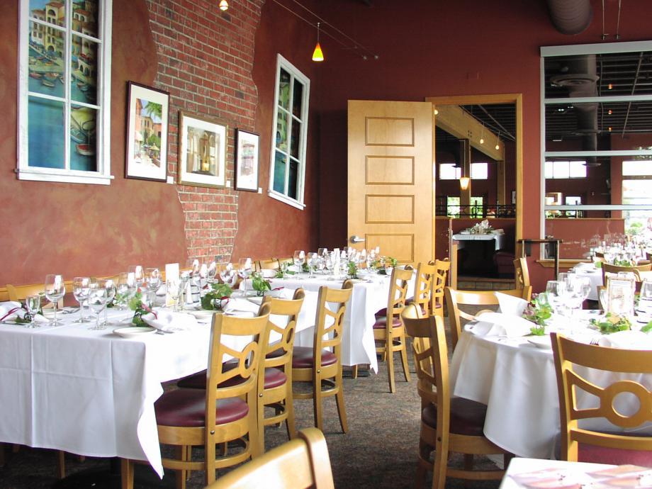 Everett Table Setting Picture.JPG