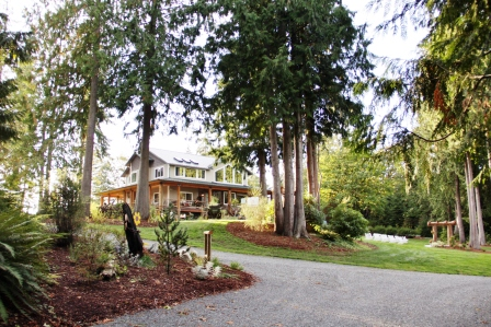 Experience one of the most premier woodland outdoor wedding & special events venue.