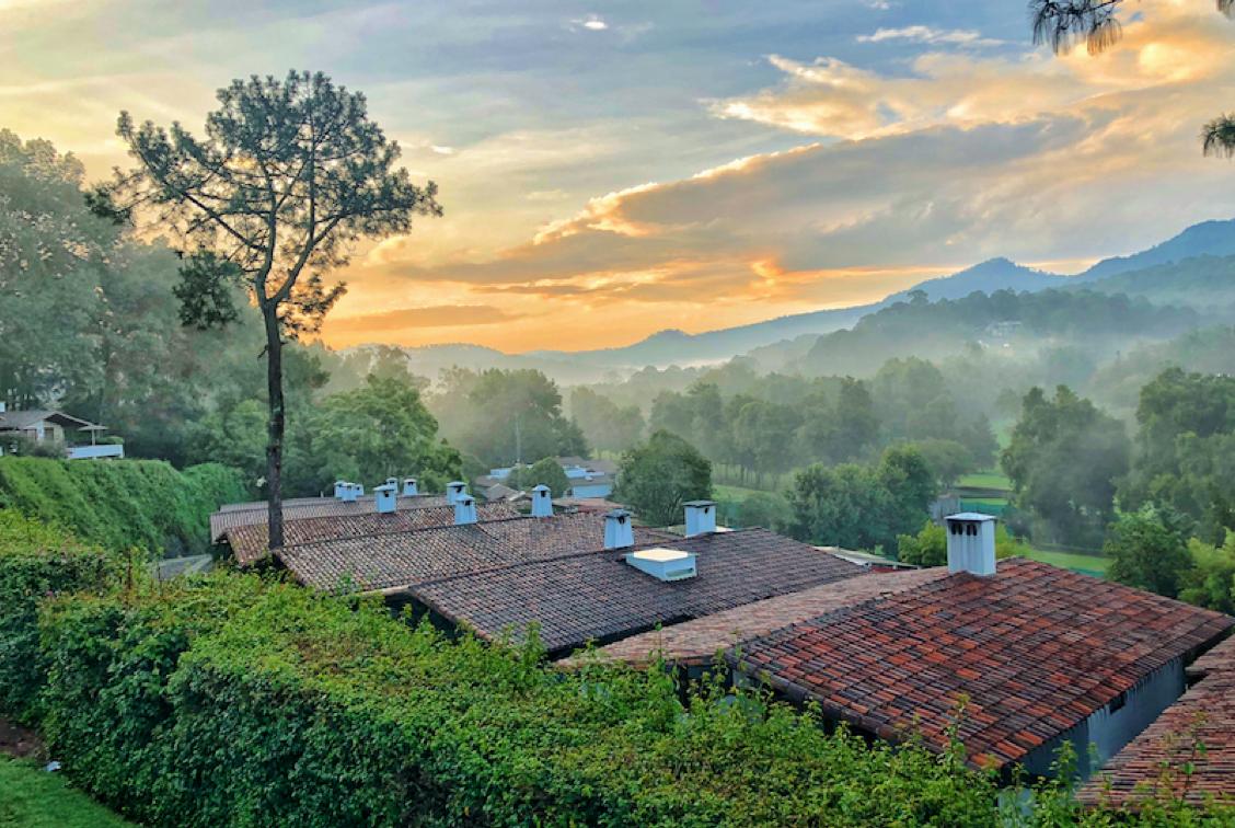 hotel avandaro valle de bravo grupos empresas suites bosque.png
