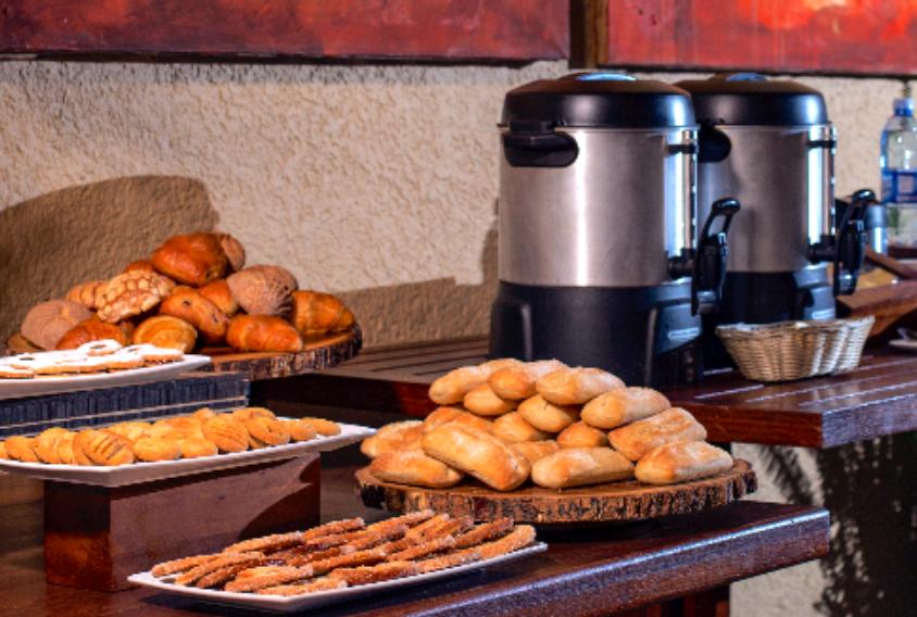 hotel avandaro valle de bravo grupos empresas actividades coffee break.png