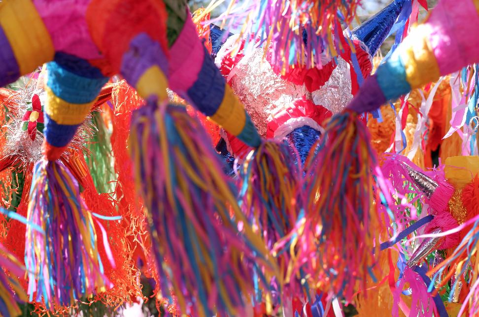 hotel avandaro valle de bravo posada jardines eventos empresas piñata.png