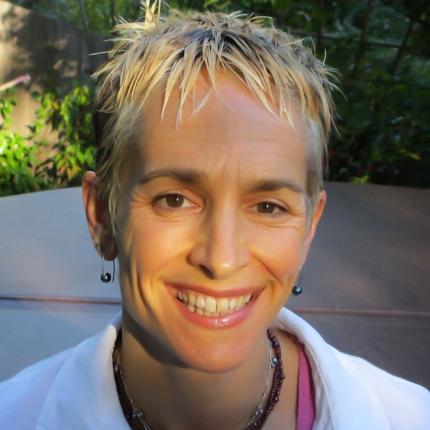 Ondina Nandine Hatvany, MFT | Ondina Wellness    A Licensed Psychotherapist/ Coach who goes beyond talk therapy for real change.  Phone: 415-381-1065 Facebook and Twitter OndinaWellnes YouTube  https://www.youtube.com/channel/UCIPJ0j-C8oZVpmWDhJJ2fLg   www.ondinawellness.com   Favorite Exercise: Bench Press.