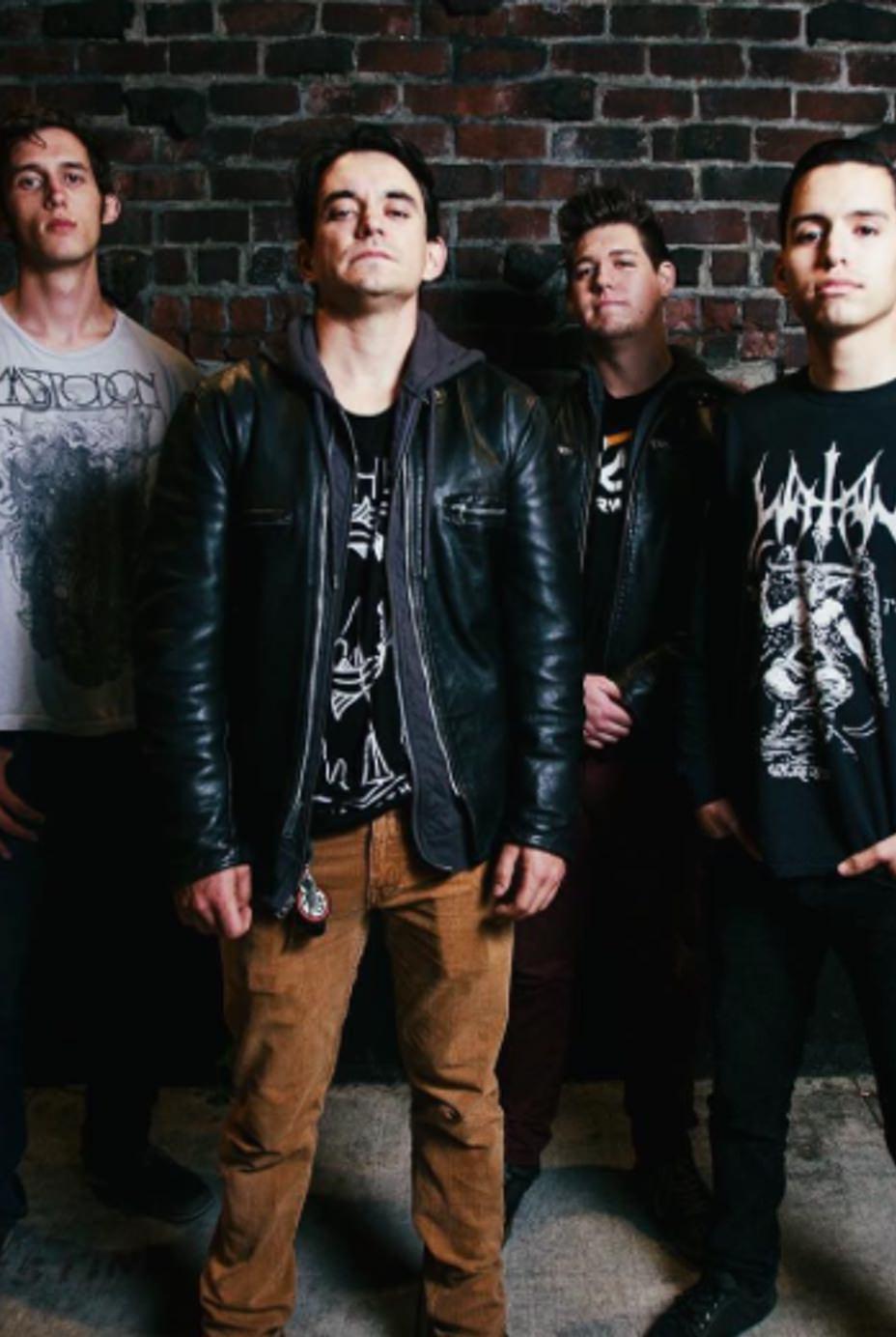 ryanalvarado-house-of-wolves-band
