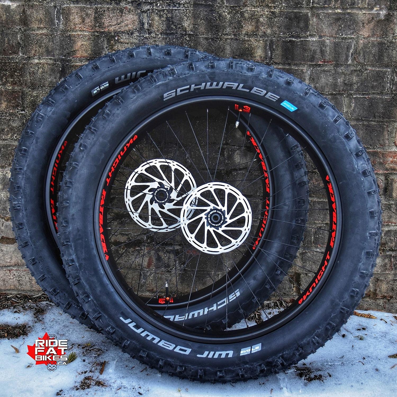 FATBACK - KNIGHT - carbon wheelset - RideFATbikes.ca.jpg