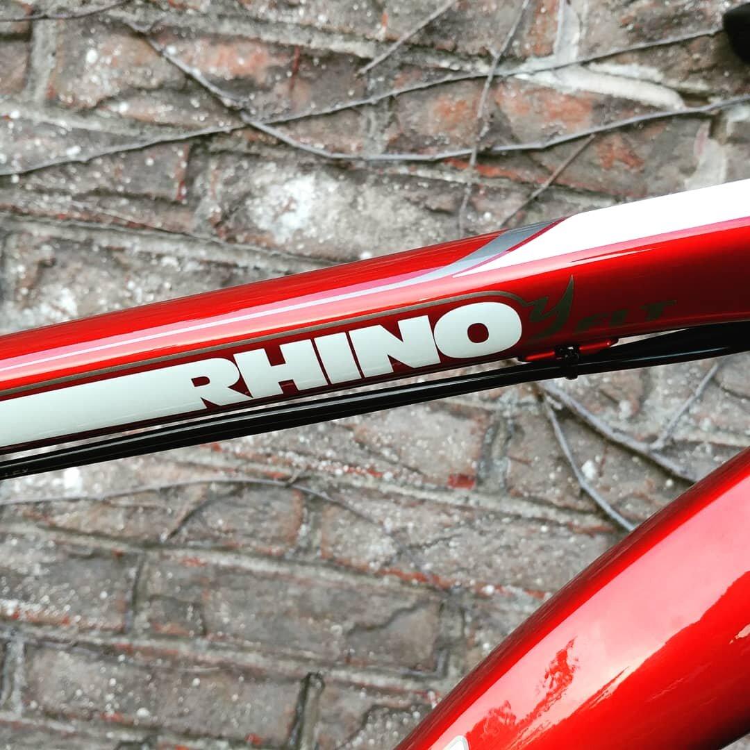 Fatback Rhino FLT - Ridefatbikes.ca - carbon fork 3.jpg